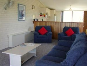 Penguin Mews - Accommodation Resorts