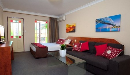 Central Railway Hotel - Accommodation Resorts