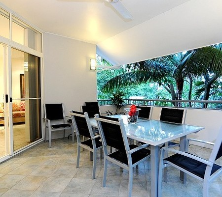 Oasis At Palm Cove - Accommodation Resorts