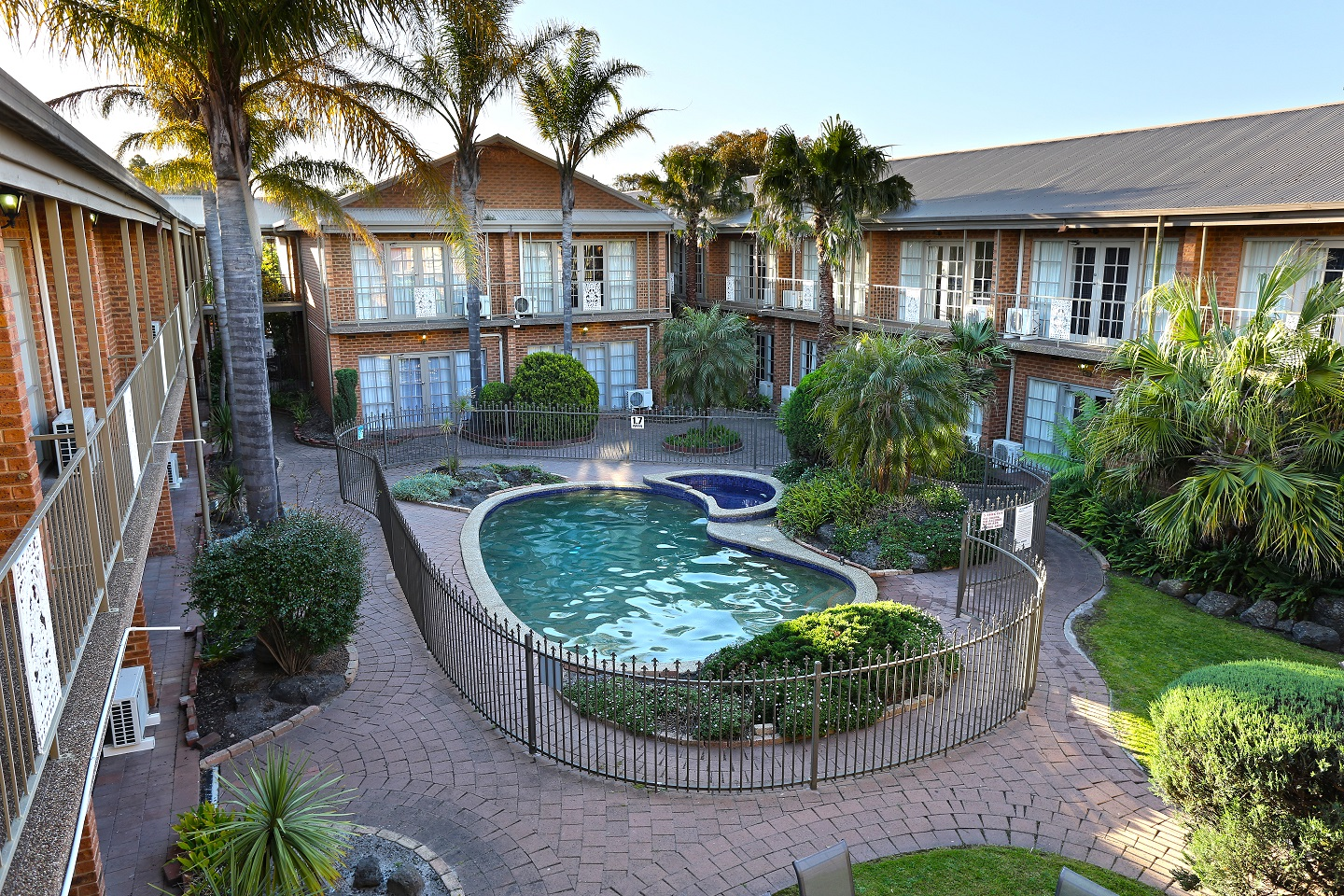 Quality Hotel Melbourne Airport - Accommodation Resorts