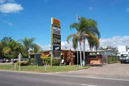 Queens Beach Motor Hotel - Accommodation Resorts