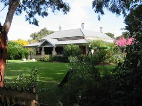 Yankalilla Bay Homestead Bed and Breakfast - Accommodation Resorts