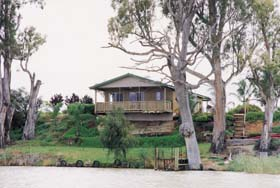 Mundic Grove Cottage - Accommodation Resorts