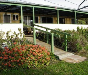 The Folly Holiday Home - Accommodation Resorts