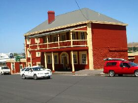 Stanley Hotel - Accommodation Resorts