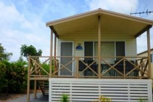 Belmont Pines Lakeside Holiday Park - Accommodation Resorts