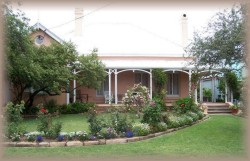 Guy House Bed and Breakfast - Accommodation Resorts