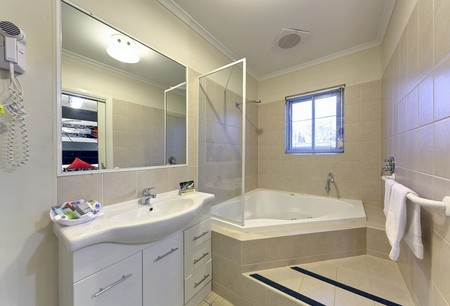 Comfort Inn And Suites Georgian Albury - Accommodation Resorts