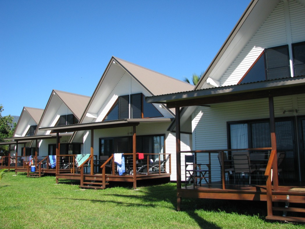 Cardwell Beachcomber Motel  Tourist Park - Accommodation Resorts