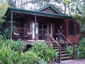 Lake Weyba Cottages Noosa - Accommodation Resorts