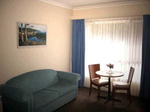 Victoria Lodge Motor Inn  Serviced Apartments - Accommodation Resorts