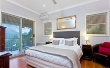 The Acreage Luxury BB and Guesthouse - - Accommodation Resorts