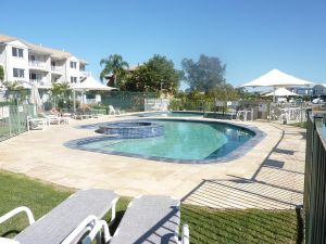 Pelican Cove - Accommodation Resorts