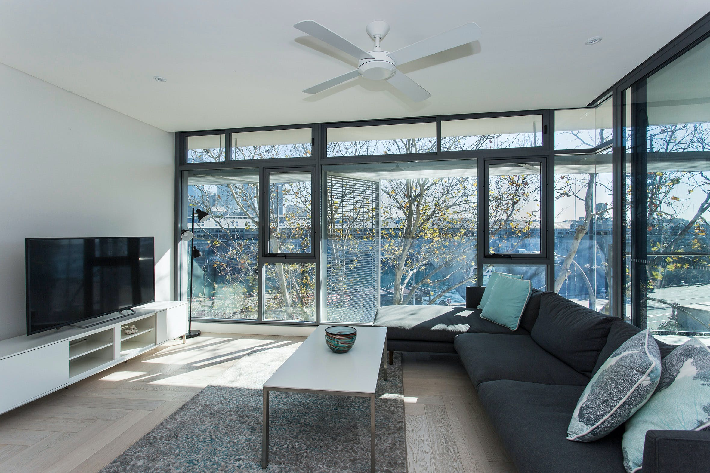 Contemporary Residence in Woolloomooloo - Accommodation Resorts
