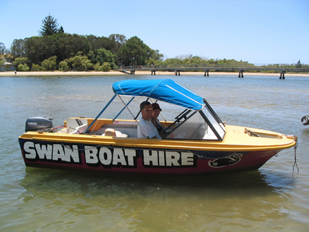 Swan Boat Hire - Accommodation Resorts