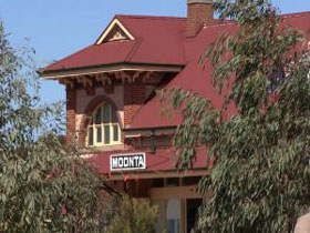 Moonta Tourist Office - Accommodation Resorts