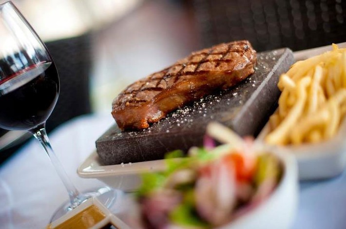 Black Angus Bar  Grill Restaurant - Accommodation Resorts
