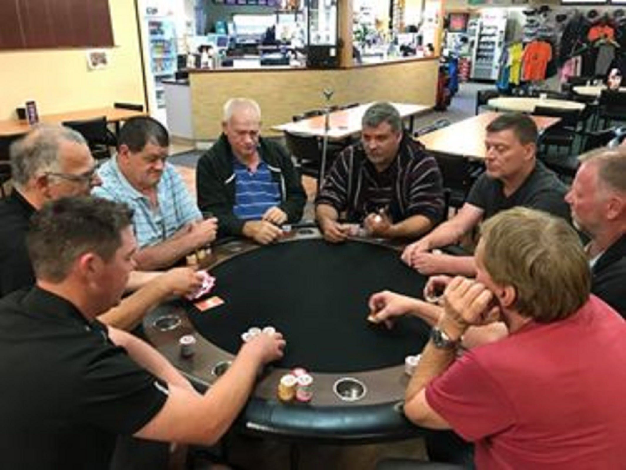 Numurkah Golf and Bowls Club - Poker Wednesday - Accommodation Resorts