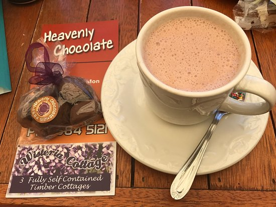 Stanthorpe's Heavenly Chocolate at Wisteria Cottage - Accommodation Resorts