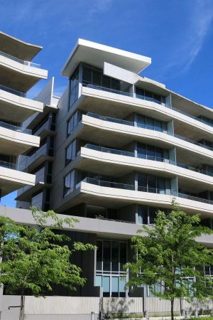 Accommodate Canberra - Realm Residences - Accommodation Resorts