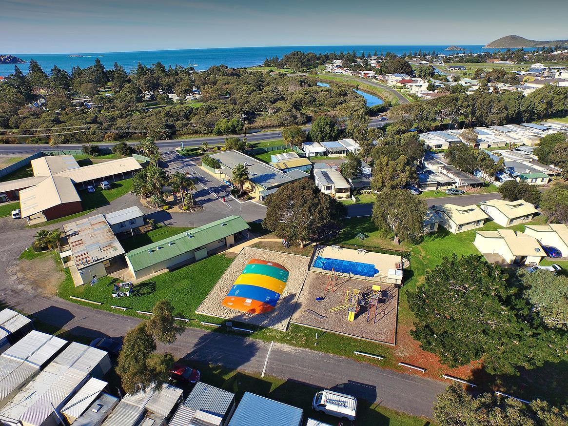 Victor Harbor Holiday  Cabin Park - Accommodation Resorts