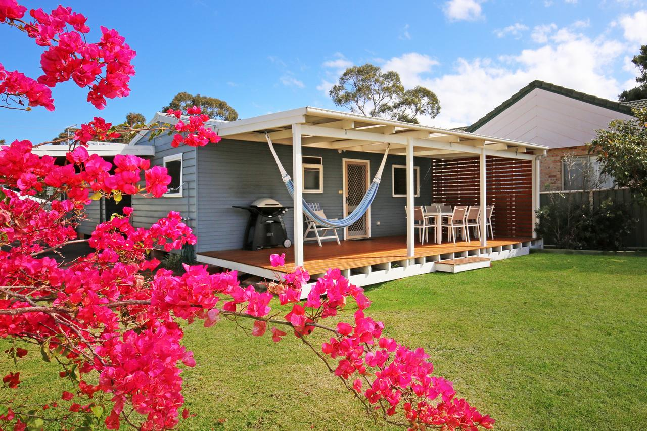 Hayes Beach House - Jervis Bay - Pet Friendly - Accommodation Resorts