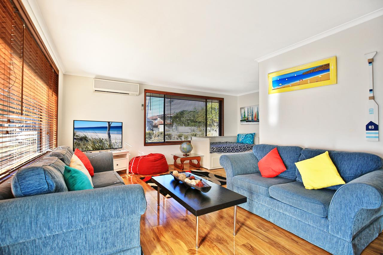 Sandy Toes Beach House Jervis Bay - 2min to Beach - Accommodation Resorts