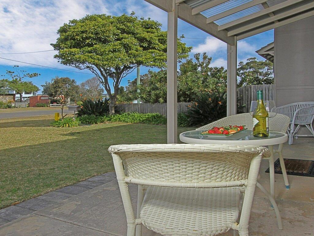 Callala Beach Cottage - charm and character - Accommodation Resorts