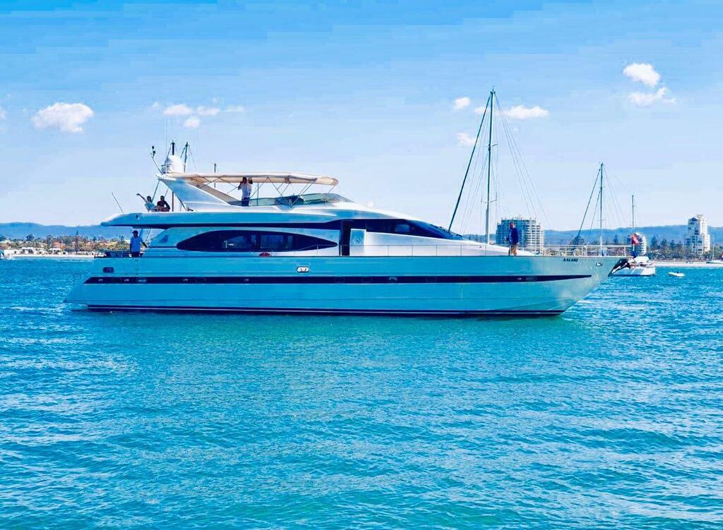 Million dollar Luxury 90ft yacht in Gold Coast - Accommodation Resorts