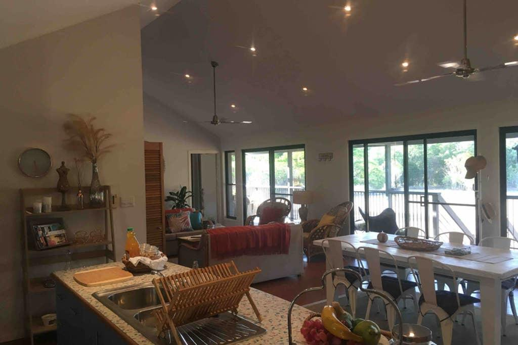 Valley Views Lodge Port Douglas - Accommodation Resorts