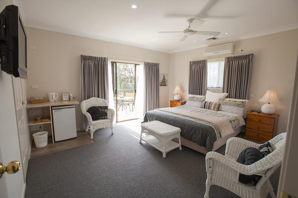 Batemans Bay Manor - Bed and Breakfast - Accommodation Resorts